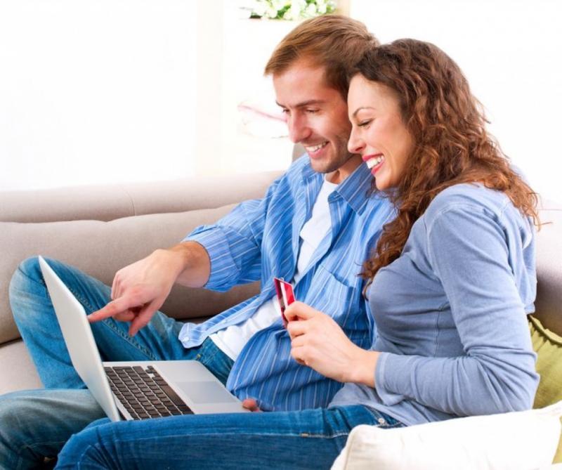 pourquoi les clients aiment acheter en ligne et que devez vous faire pour qu 39 ils continuent. Black Bedroom Furniture Sets. Home Design Ideas